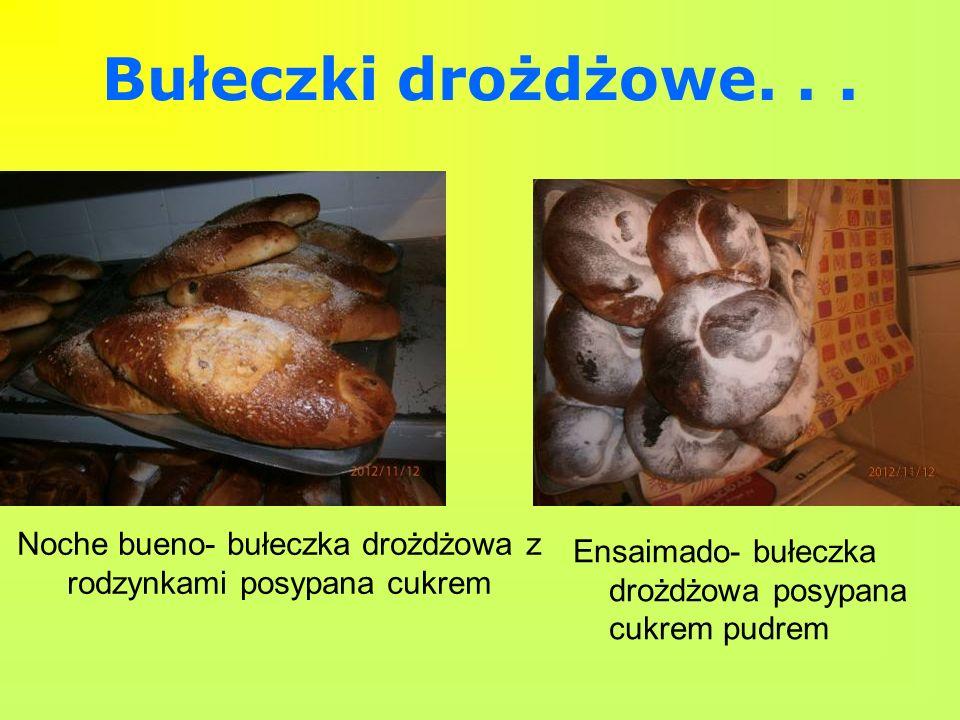 Noche bueno- bułeczka drożdżowa z rodzynkami posypana cukrem