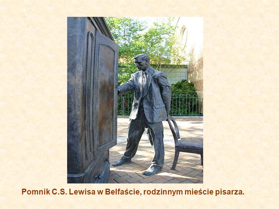 Pomnik C.S. Lewisa w Belfaście, rodzinnym mieście pisarza.