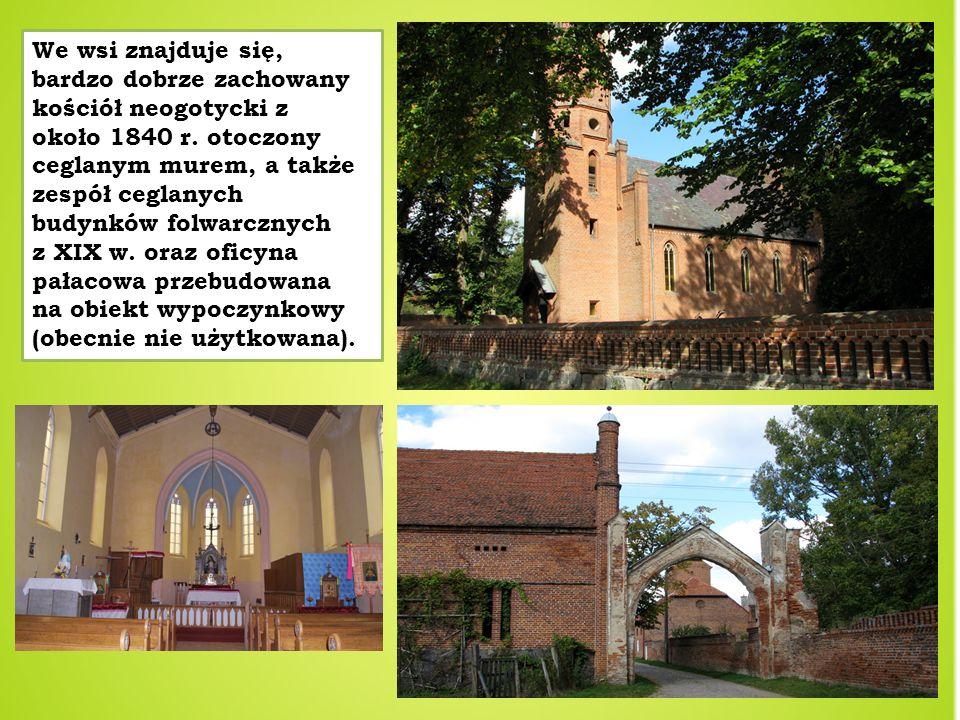 We wsi znajduje się, bardzo dobrze zachowany kościół neogotycki z około 1840 r.