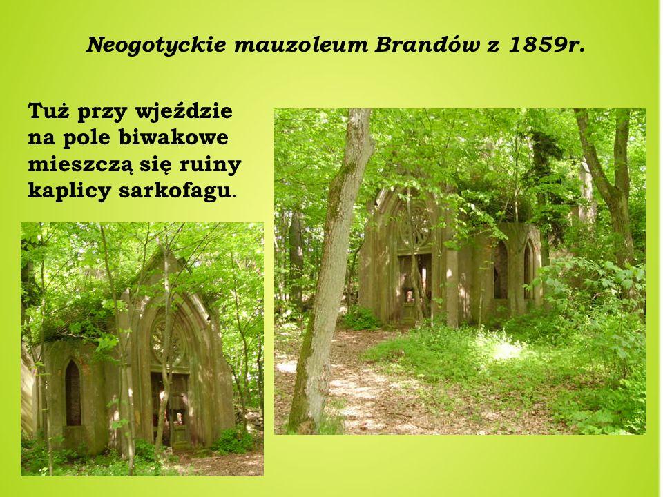 Neogotyckie mauzoleum Brandów z 1859r.