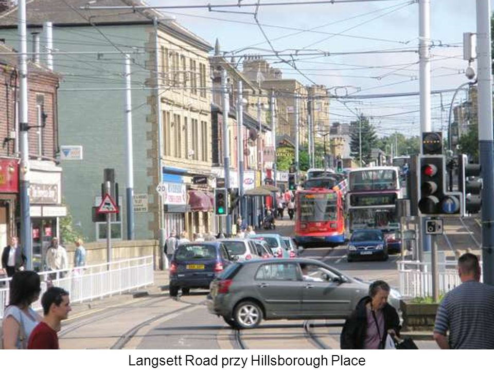 Langsett Road przy Hillsborough Place