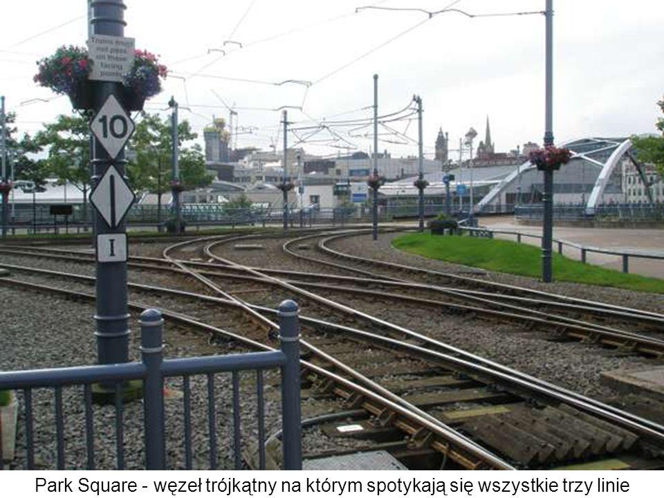Park Square - węzeł trójkątny na którym spotykają się wszystkie trzy linie