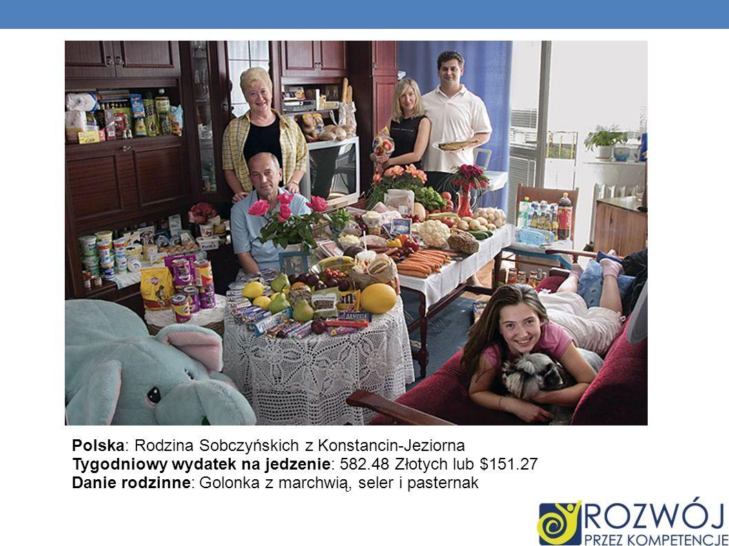 Polska: Rodzina Sobczyńskich z Konstancin-Jeziorna Tygodniowy wydatek na jedzenie: 582.48 Złotych lub $151.27 Danie rodzinne: Golonka z marchwią, seler i pasternak