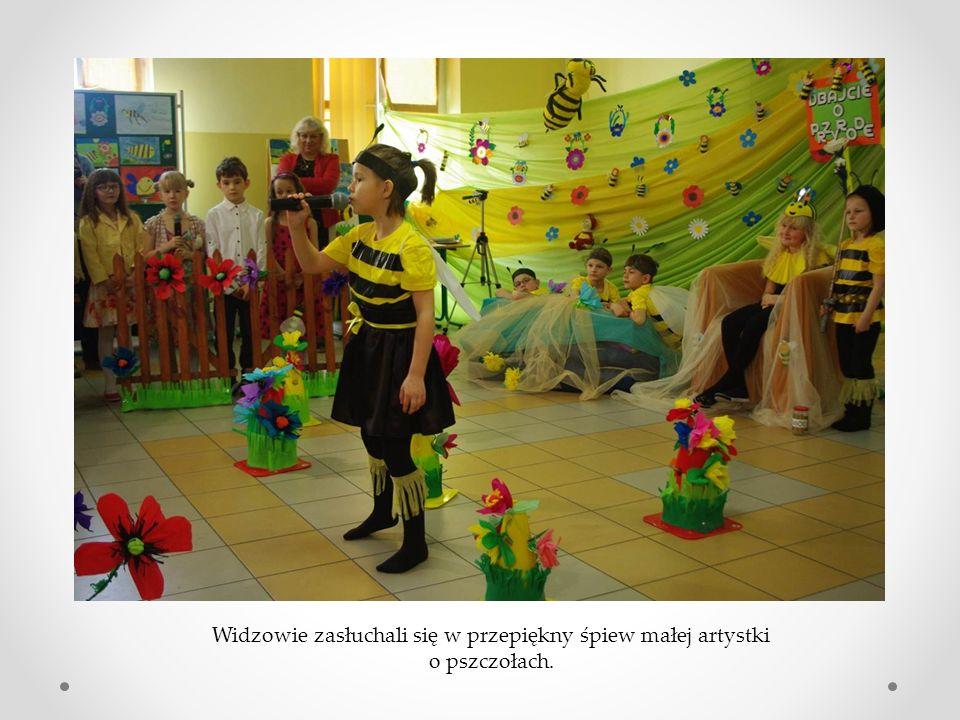 Widzowie zasłuchali się w przepiękny śpiew małej artystki