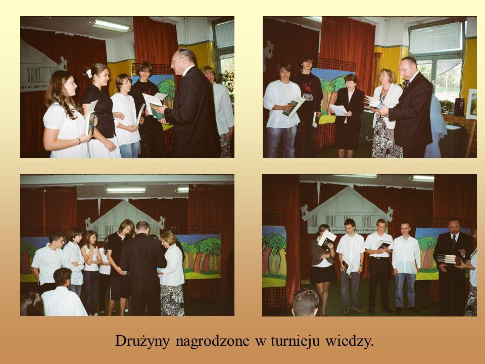Drużyny nagrodzone w turnieju wiedzy.