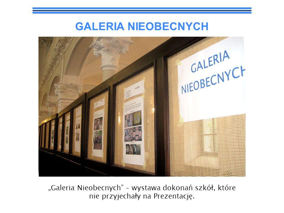 """GALERIA NIEOBECNYCH""""Galeria Nieobecnych – wystawa dokonań szkół, które nie przyjechały na Prezentację."""