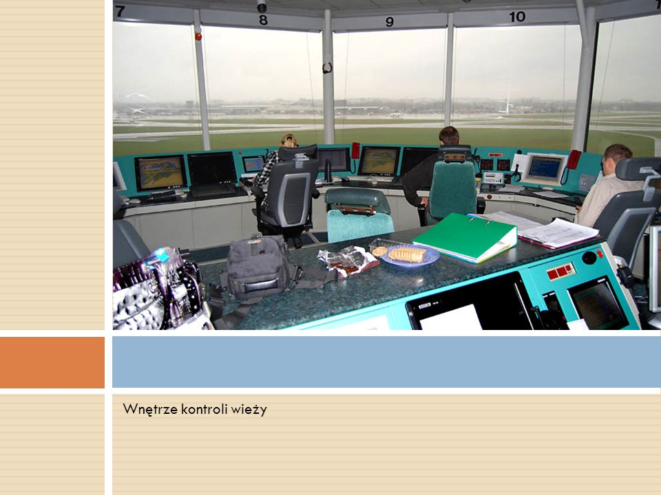 Wnętrze kontroli wieży