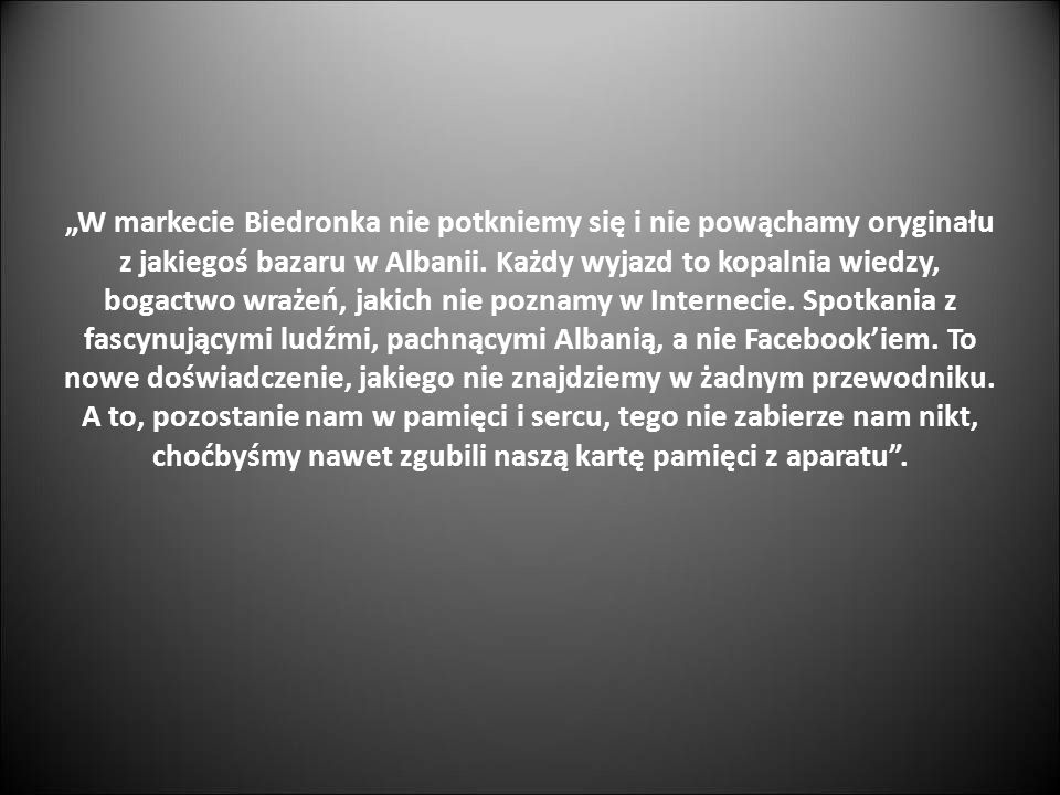 """""""W markecie Biedronka nie potkniemy się i nie powąchamy oryginału z jakiegoś bazaru w Albanii."""