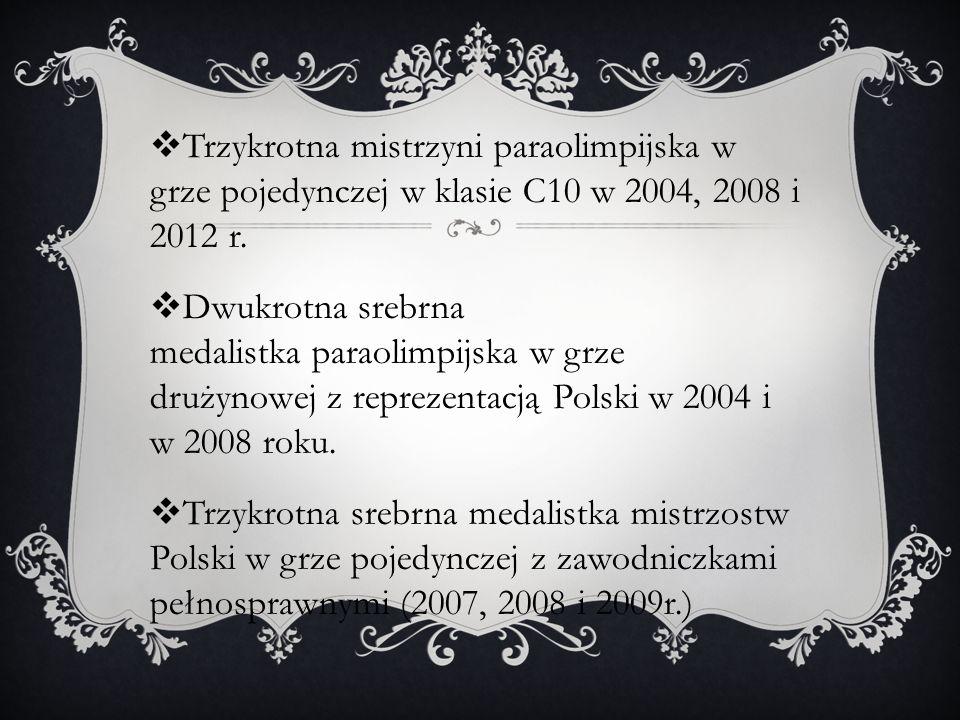 Trzykrotna mistrzyni paraolimpijska w grze pojedynczej w klasie C10 w 2004, 2008 i 2012 r.