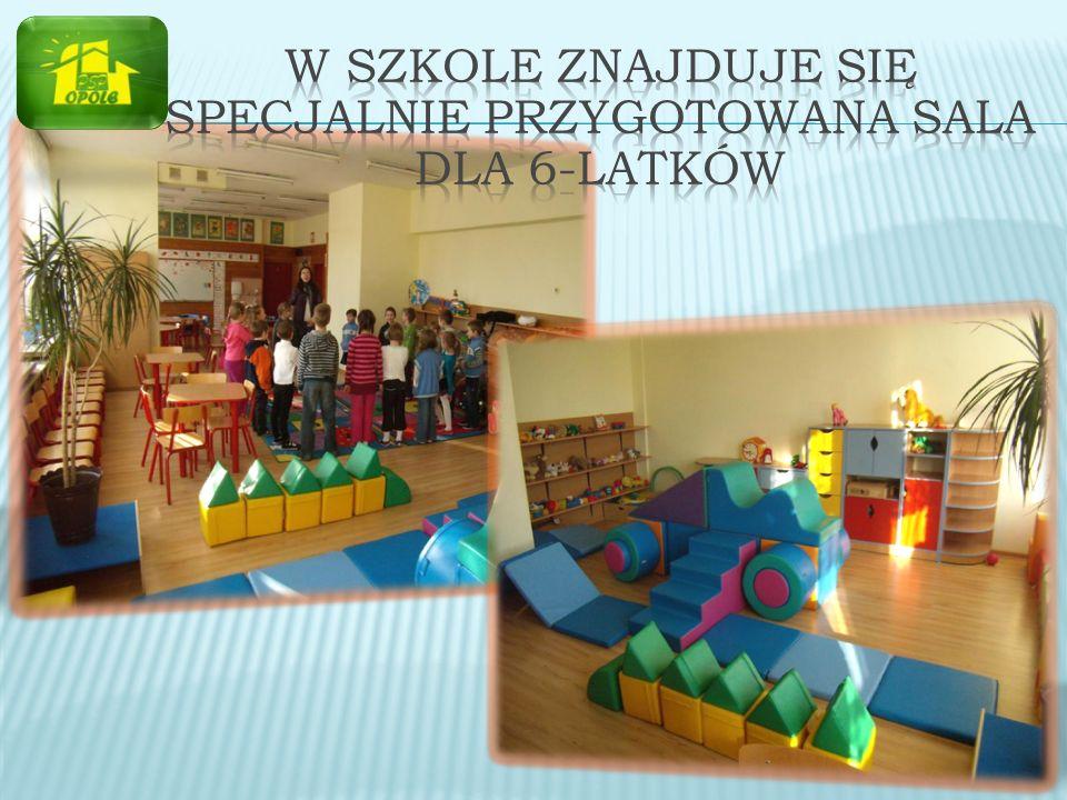 W szkole znajduje się specjalnie przygotowana sala dla 6-latków