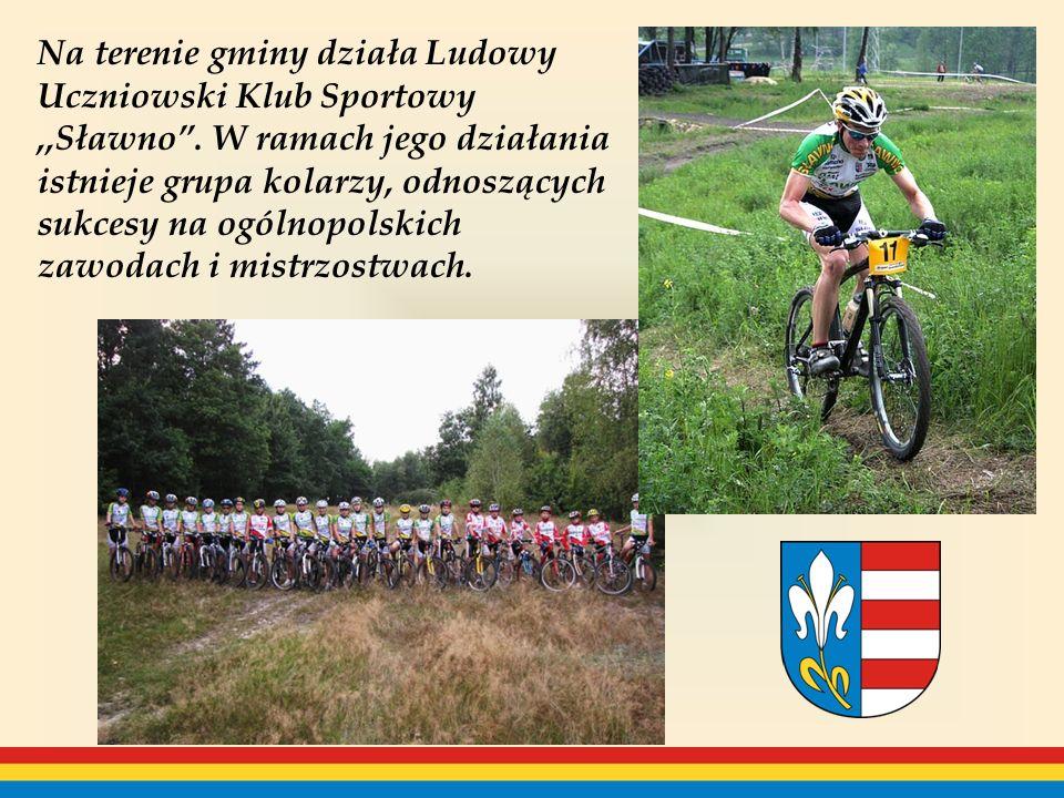 Na terenie gminy działa Ludowy Uczniowski Klub Sportowy ,,Sławno