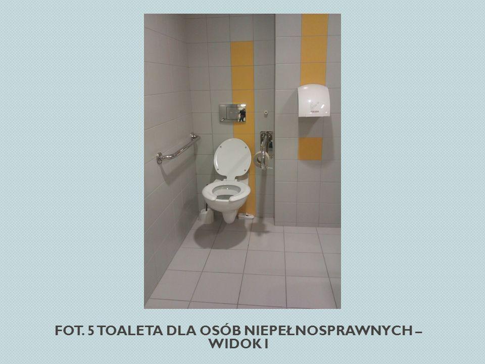 Fot. 5 Toaleta dla osób niepełnosprawnych – widok I