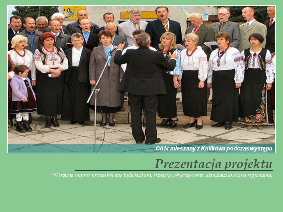 Prezentacja projektu Chór mieszany z Kulikowa podczas występu