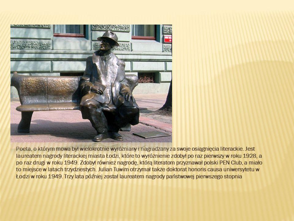 Poeta, o którym mowa był wielokrotnie wyróżniany i nagradzany za swoje osiągnięcia literackie.
