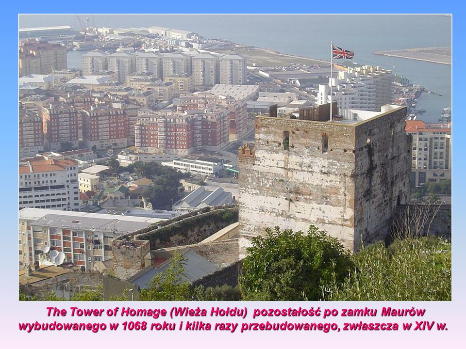 The Tower of Homage (Wieża Hołdu) pozostałość po zamku Maurów wybudowanego w 1068 roku i kilka razy przebudowanego, zwłaszcza w XIV w.