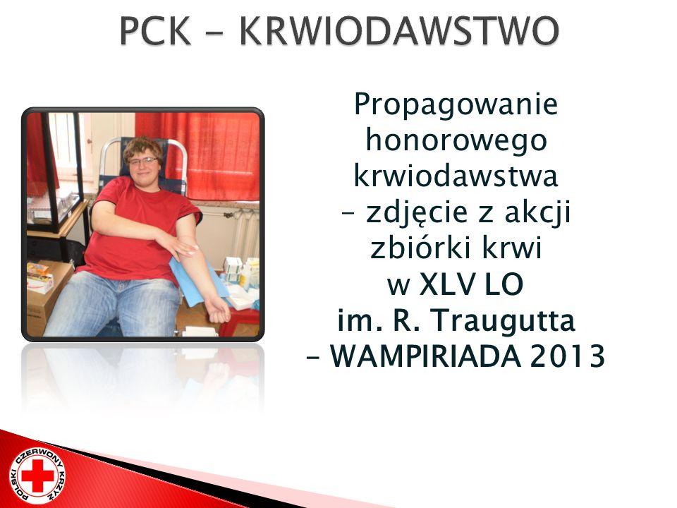 PCK - KRWIODAWSTWO Propagowanie honorowego krwiodawstwa – zdjęcie z akcji zbiórki krwi.
