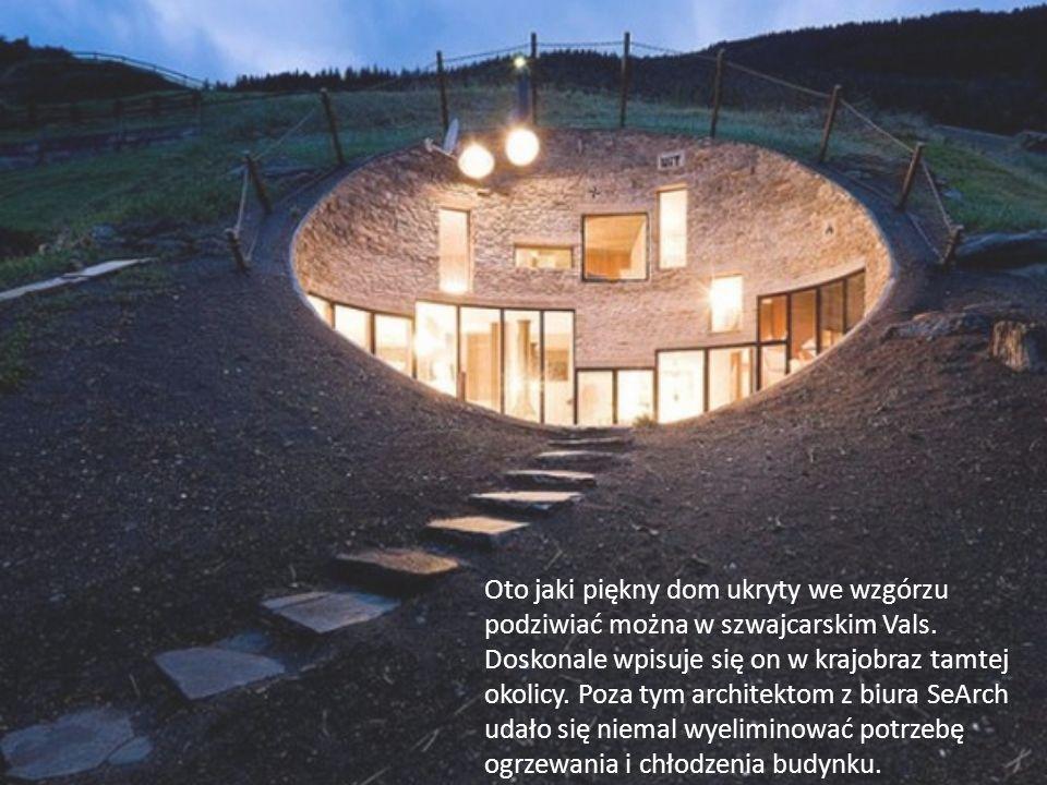 Oto jaki piękny dom ukryty we wzgórzu podziwiać można w szwajcarskim Vals.