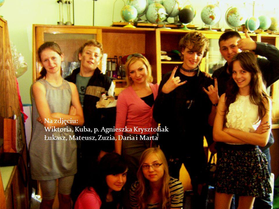 Na zdjęciu: Wiktoria, Kuba, p. Agnieszka Krysztofiak Łukasz, Mateusz, Zuzia, Daria i Marta