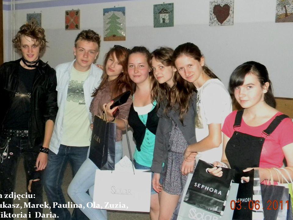 Na zdjęciu: Łukasz, Marek, Paulina, Ola, Zuzia, Wiktoria i Daria.