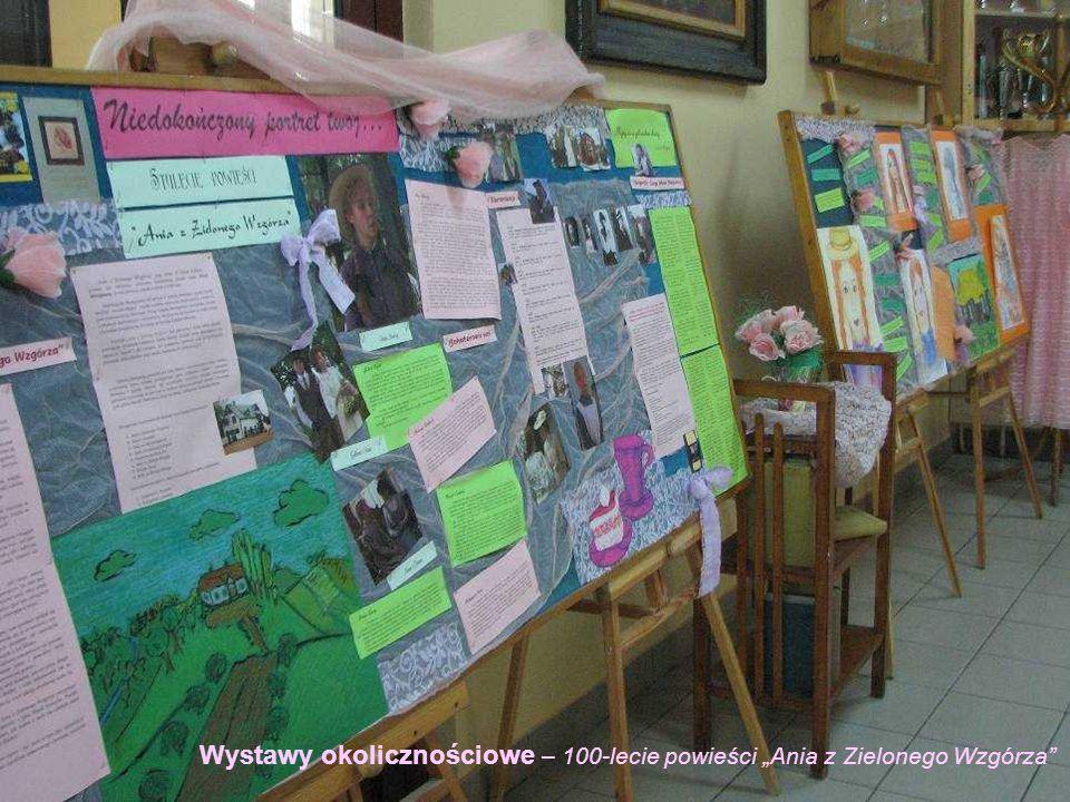 """Wystawy okolicznościowe – 100-lecie powieści """"Ania z Zielonego Wzgórza"""