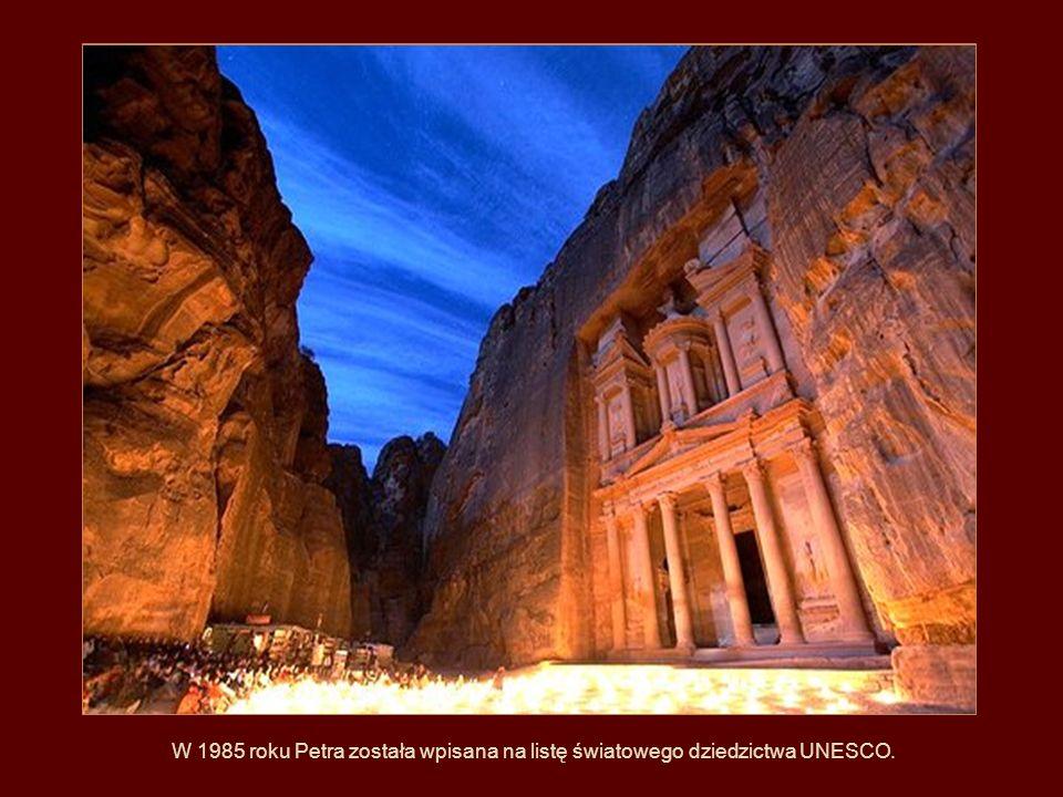 W 1985 roku Petra została wpisana na listę światowego dziedzictwa UNESCO.