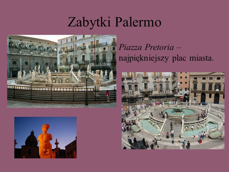 Zabytki Palermo Piazza Pretoria – najpiękniejszy plac miasta.