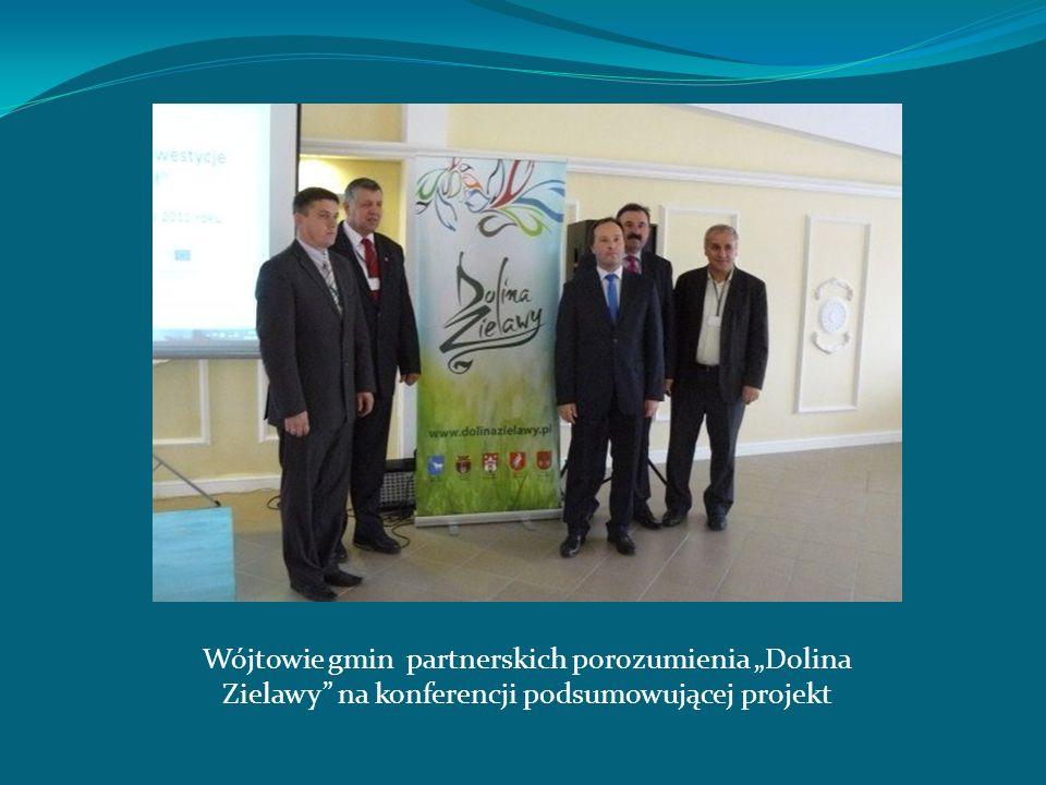 """Wójtowie gmin partnerskich porozumienia """"Dolina Zielawy na konferencji podsumowującej projekt"""