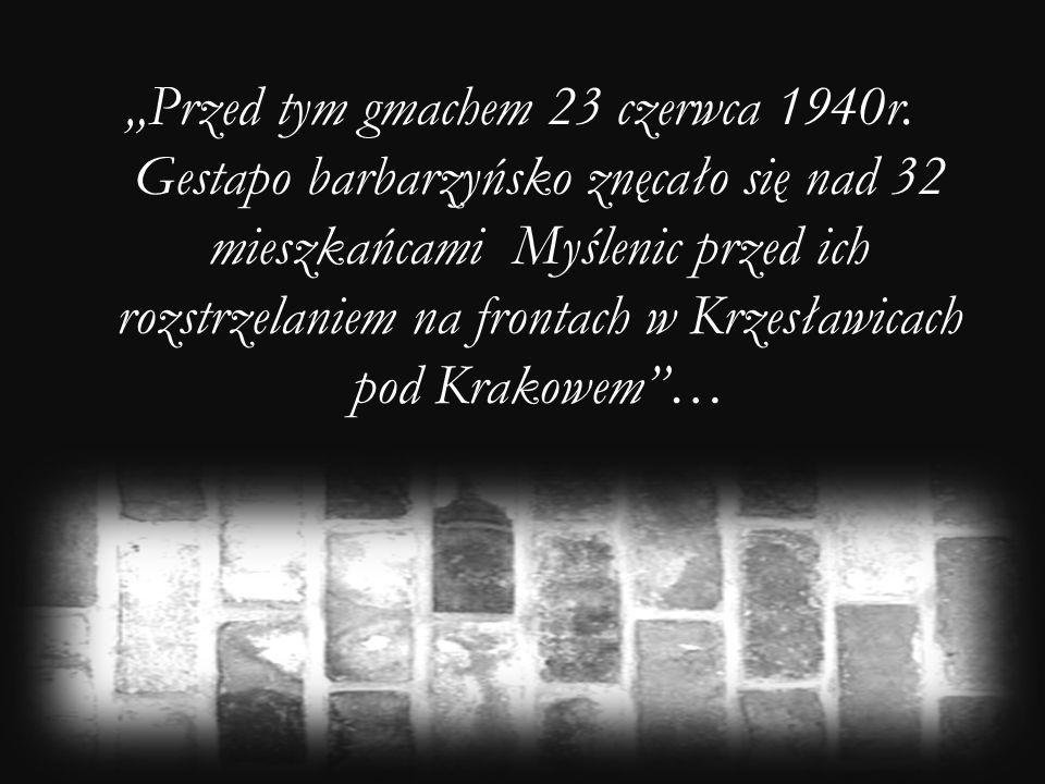 """""""Przed tym gmachem 23 czerwca 1940r"""