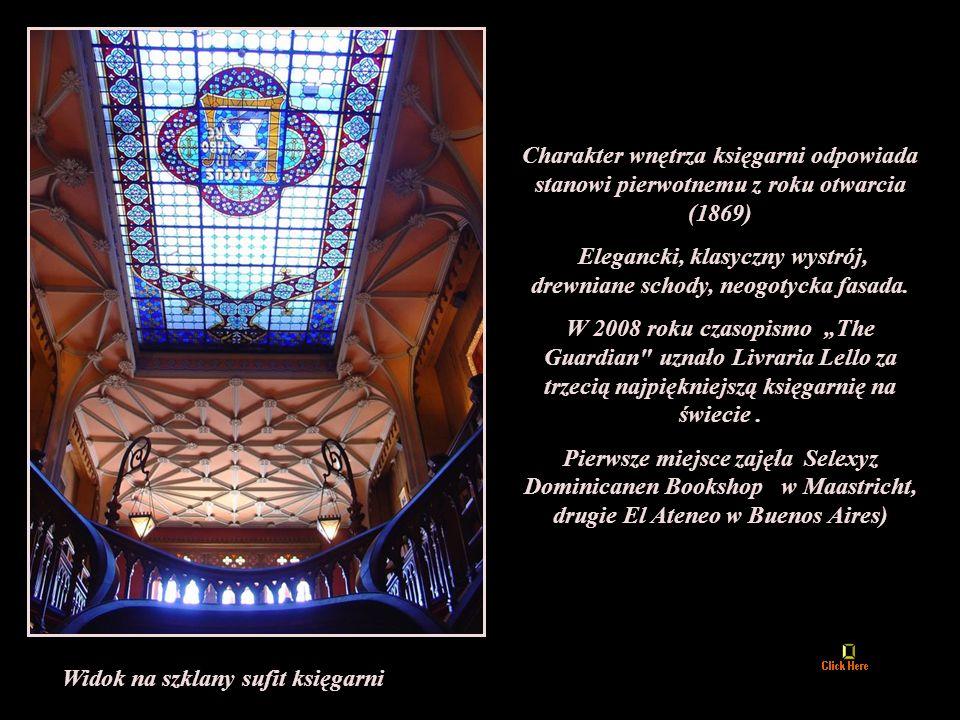 Elegancki, klasyczny wystrój, drewniane schody, neogotycka fasada.