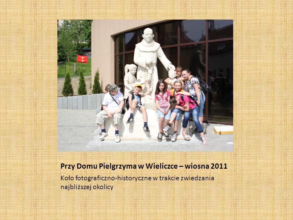 Przy Domu Pielgrzyma w Wieliczce – wiosna 2011
