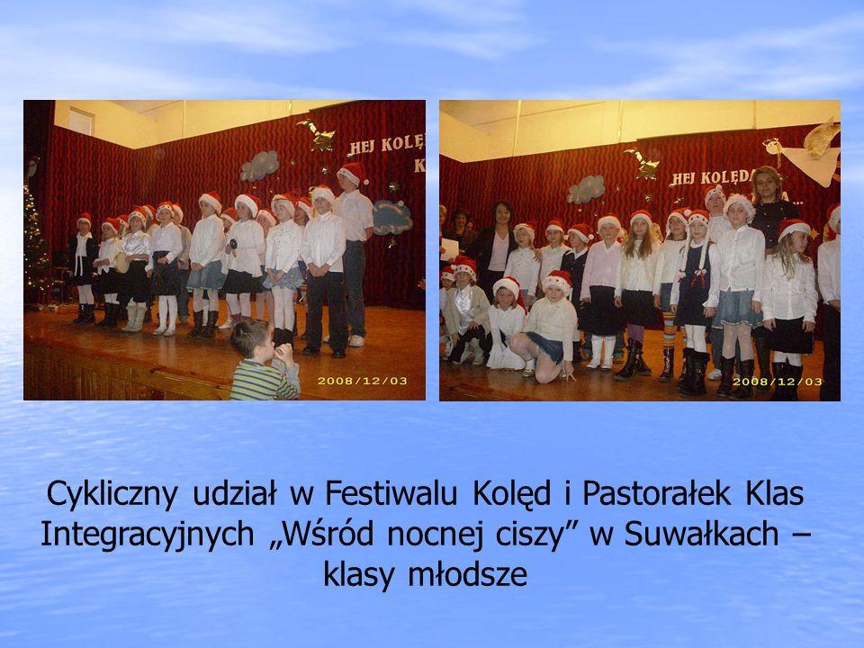 """Cykliczny udział w Festiwalu Kolęd i Pastorałek Klas Integracyjnych """"Wśród nocnej ciszy w Suwałkach – klasy młodsze"""