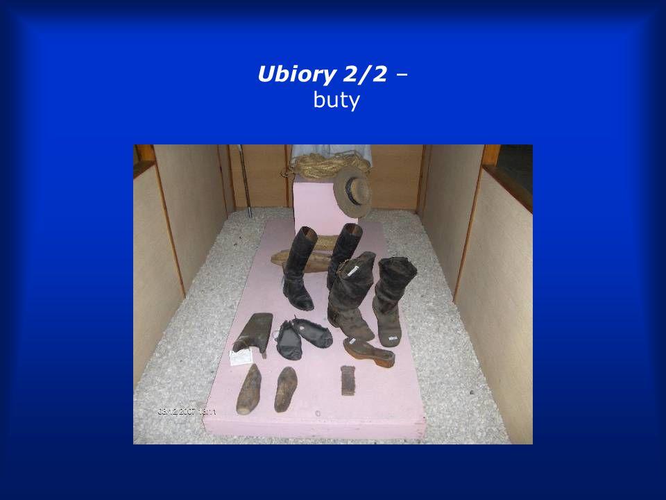 Ubiory 2/2 – buty
