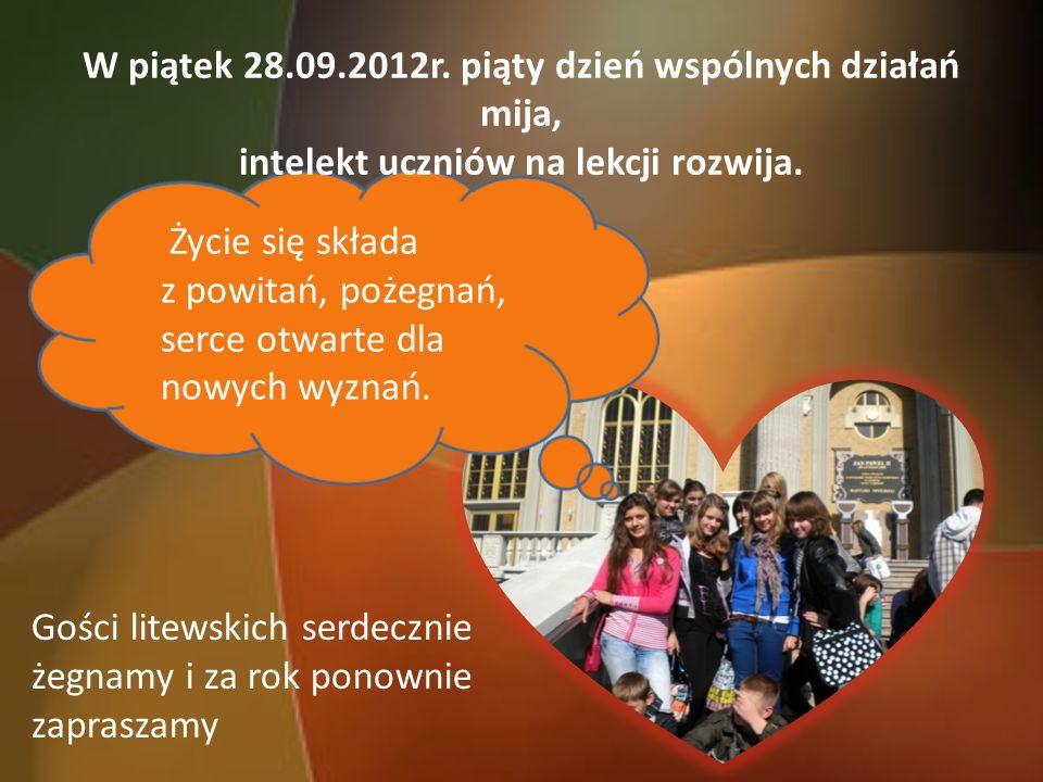 W piątek 28.09.2012r. piąty dzień wspólnych działań mija, intelekt uczniów na lekcji rozwija.