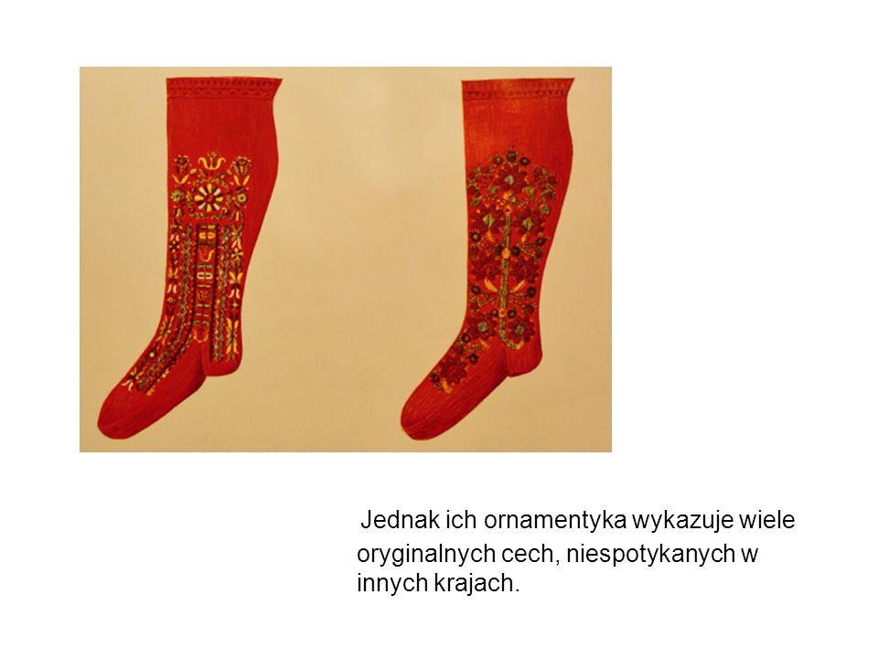 Jednak ich ornamentyka wykazuje wiele oryginalnych cech, niespotykanych w innych krajach.