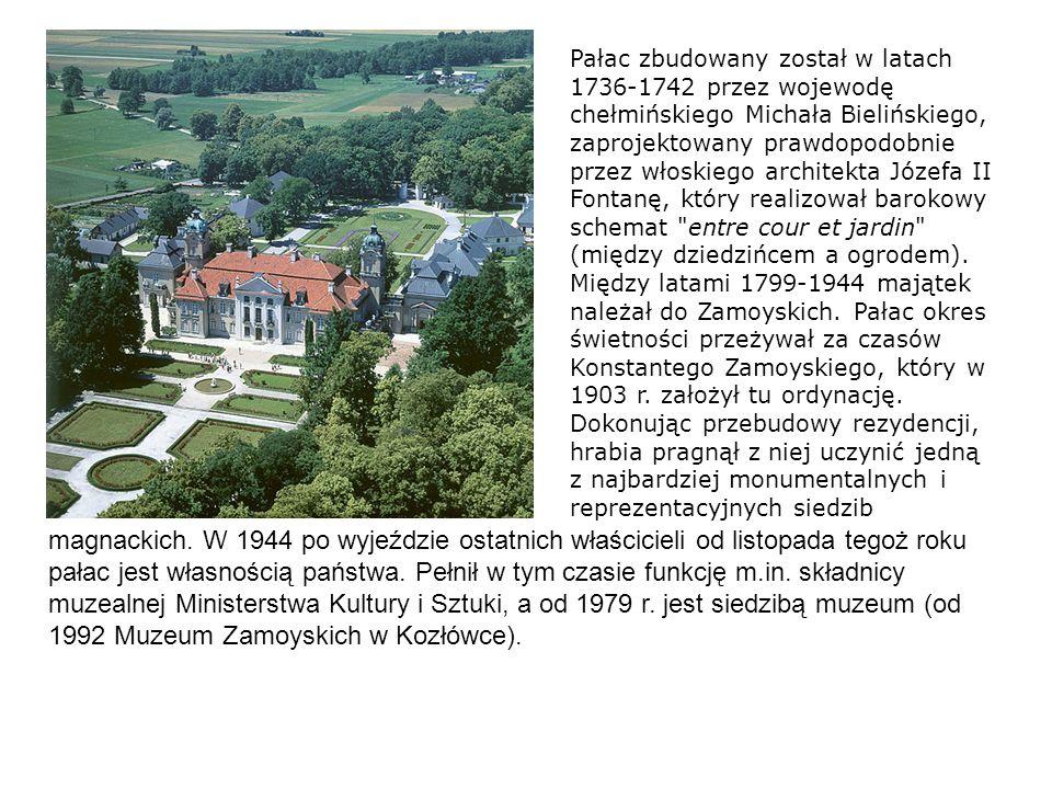 Pałac zbudowany został w latach 1736-1742 przez wojewodę chełmińskiego Michała Bielińskiego, zaprojektowany prawdopodobnie przez włoskiego architekta Józefa II Fontanę, który realizował barokowy schemat entre cour et jardin (między dziedzińcem a ogrodem). Między latami 1799-1944 majątek należał do Zamoyskich. Pałac okres świetności przeżywał za czasów Konstantego Zamoyskiego, który w 1903 r. założył tu ordynację. Dokonując przebudowy rezydencji, hrabia pragnął z niej uczynić jedną z najbardziej monumentalnych i reprezentacyjnych siedzib