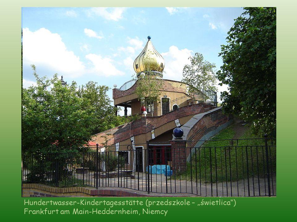 """Hundertwasser-Kindertagesstätte (przedszkole – """"świetlica )"""