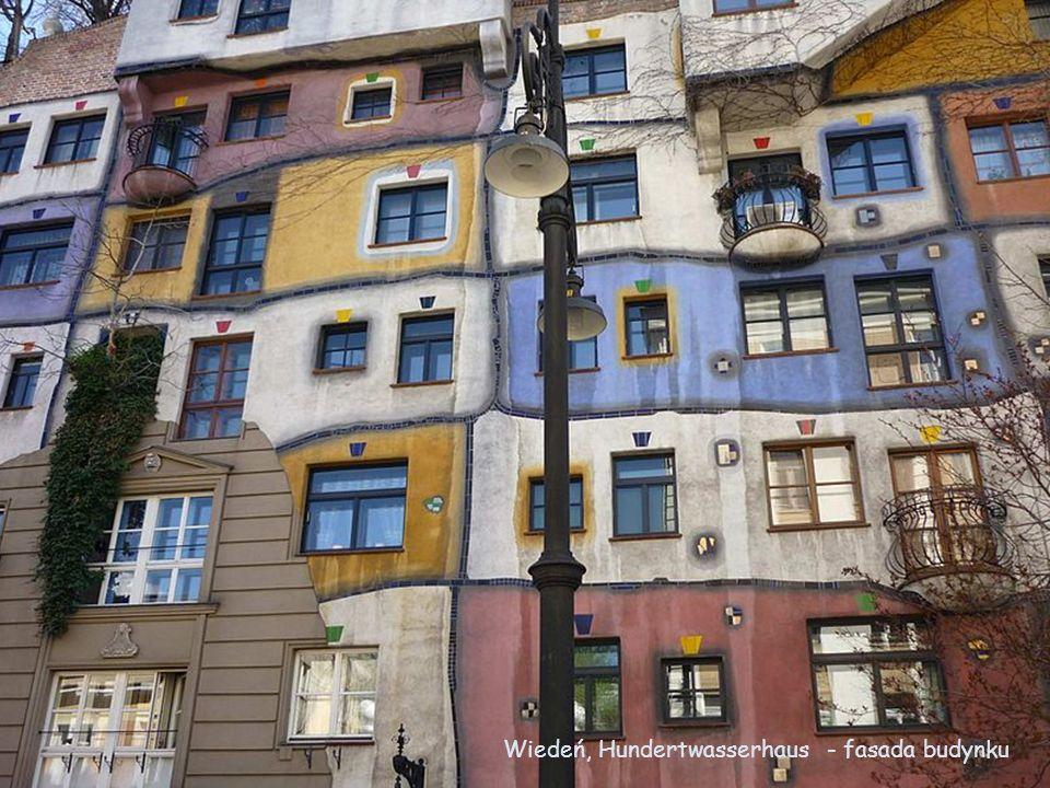 Wiedeń, Hundertwasserhaus - fasada budynku