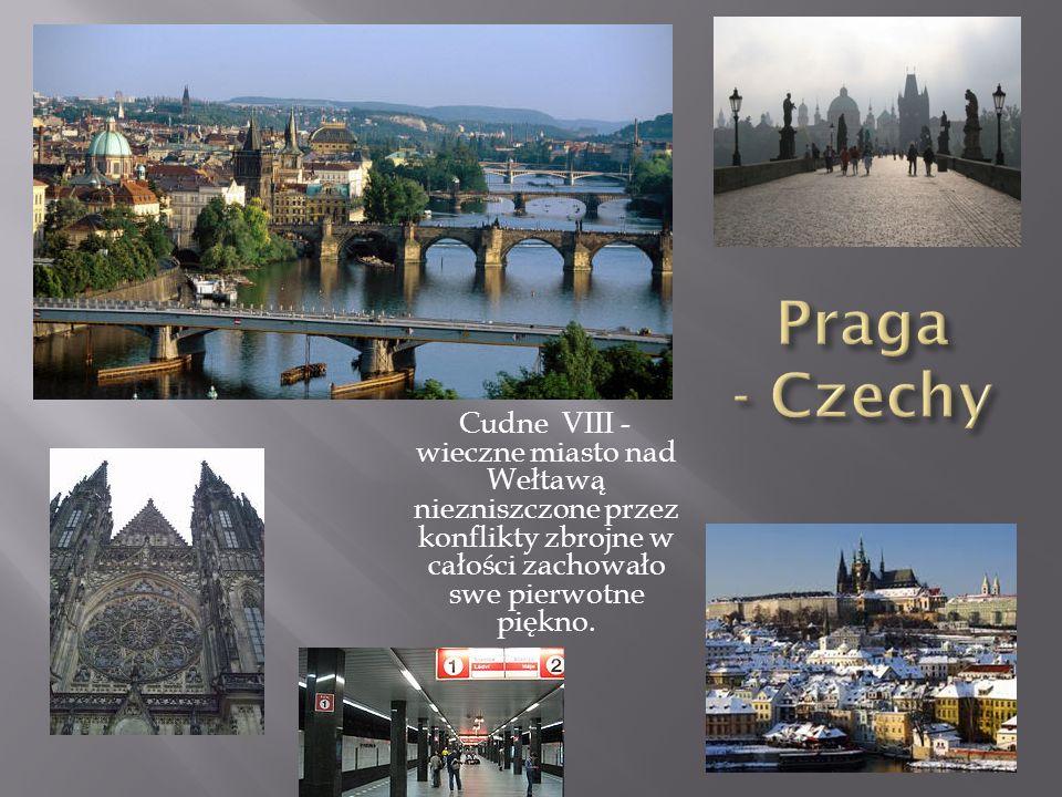 Praga - Czechy Cudne VIII - wieczne miasto nad Wełtawą niezniszczone przez konflikty zbrojne w całości zachowało swe pierwotne piękno.