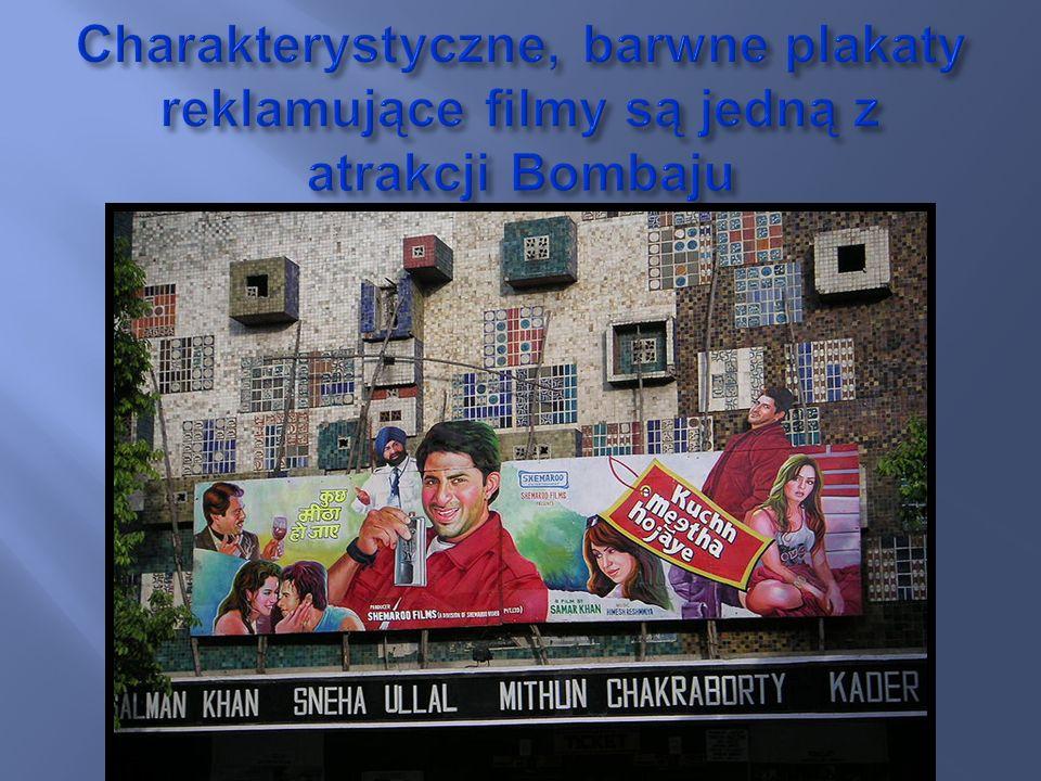 Charakterystyczne, barwne plakaty reklamujące filmy są jedną z atrakcji Bombaju
