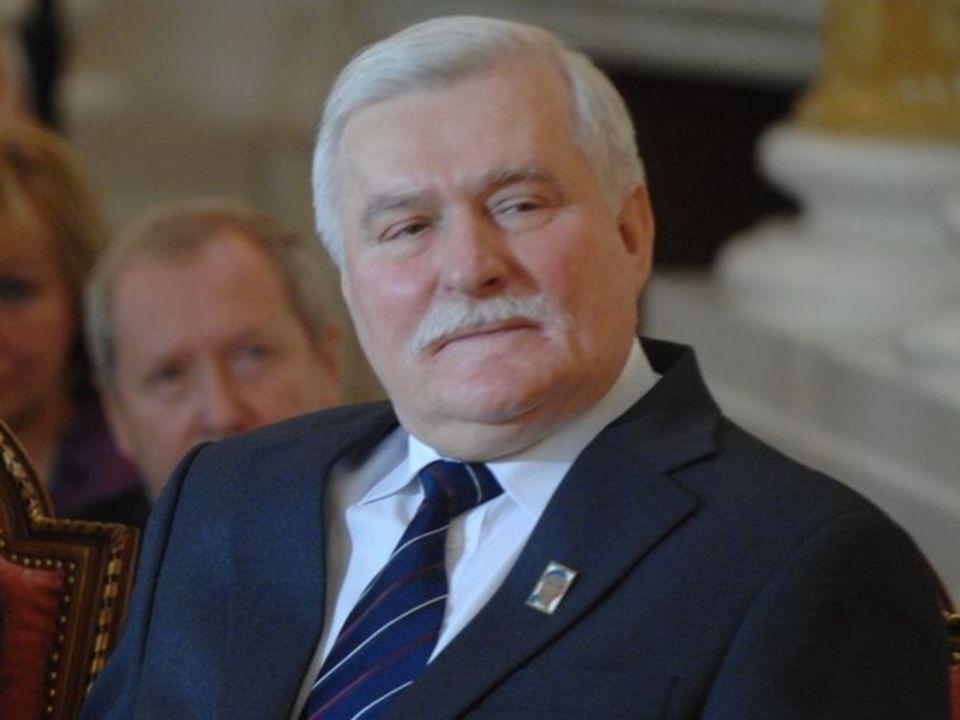 """Lech Wałęsa Motto: """"Miała być demokracja a tu każdy ma własne zdanie"""