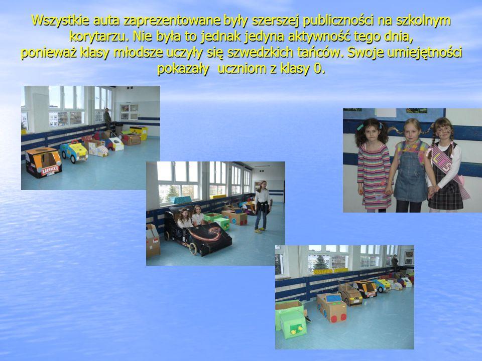 Wszystkie auta zaprezentowane były szerszej publiczności na szkolnym korytarzu.