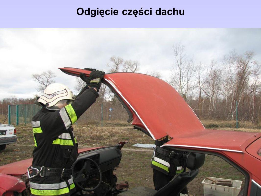 Odgięcie części dachu