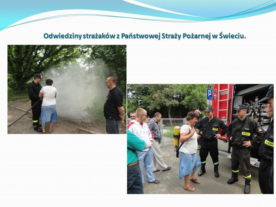 Odwiedziny strażaków z Państwowej Straży Pożarnej w Świeciu.