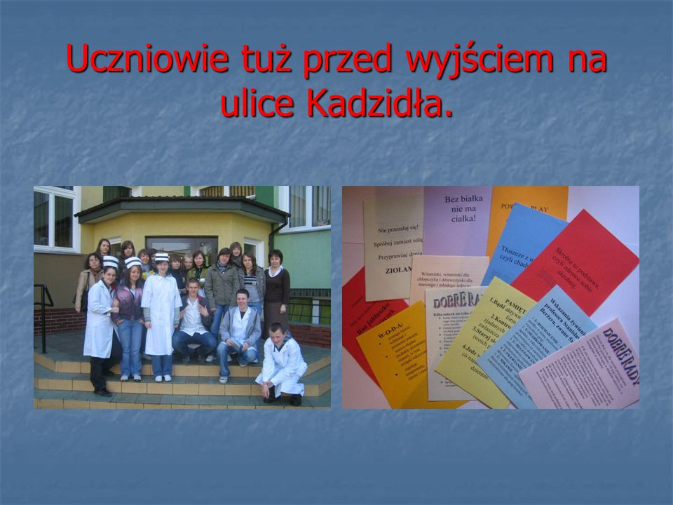 Uczniowie tuż przed wyjściem na ulice Kadzidła.