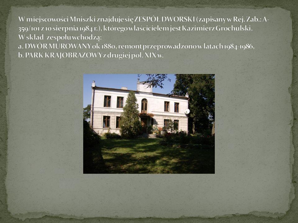 W miejscowości Mniszki znajduje się ZESPÓŁ DWORSKI (zapisany w Rej.