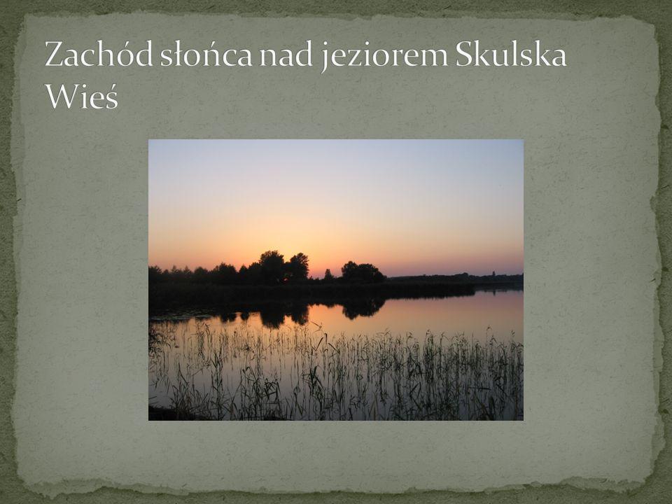 Zachód słońca nad jeziorem Skulska Wieś