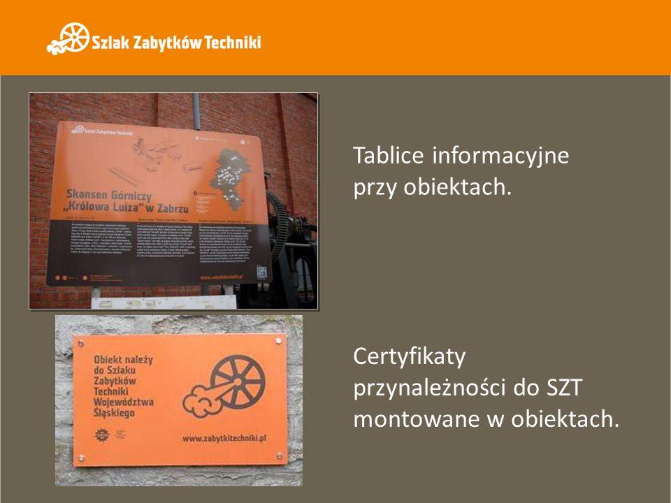 Tablice informacyjne przy obiektach.