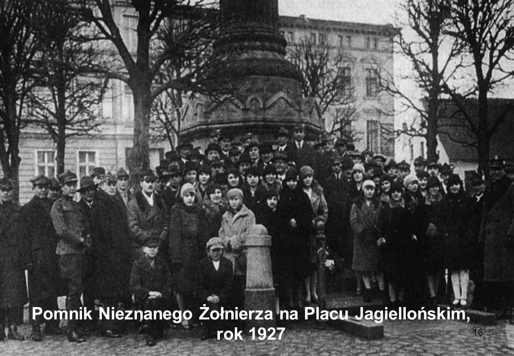 Pomnik Nieznanego Żołnierza na Placu Jagiellońskim, rok 1927