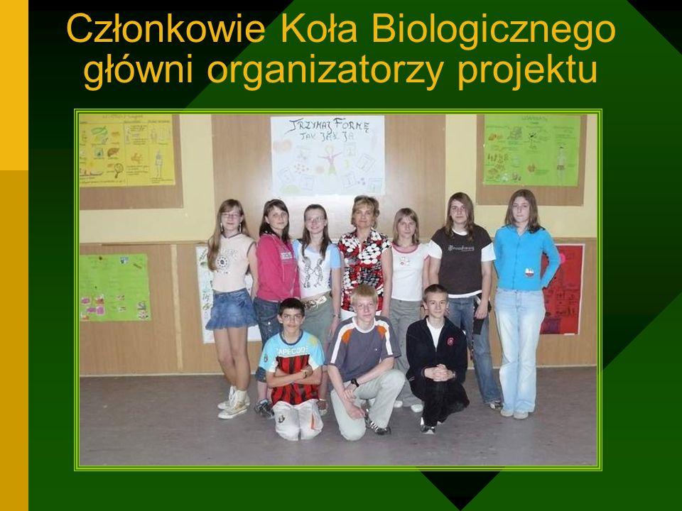 Członkowie Koła Biologicznego główni organizatorzy projektu