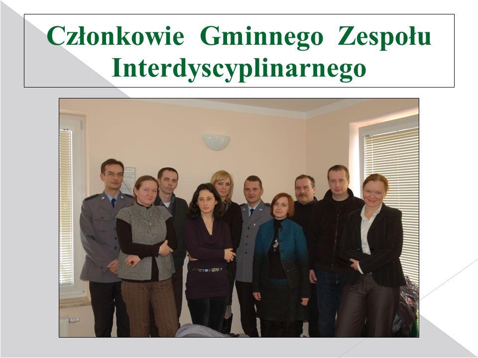 Członkowie Gminnego Zespołu Interdyscyplinarnego